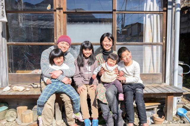 VOL.37「地域に溶け込む〜山梨県の早川町に移住した家族のいま」